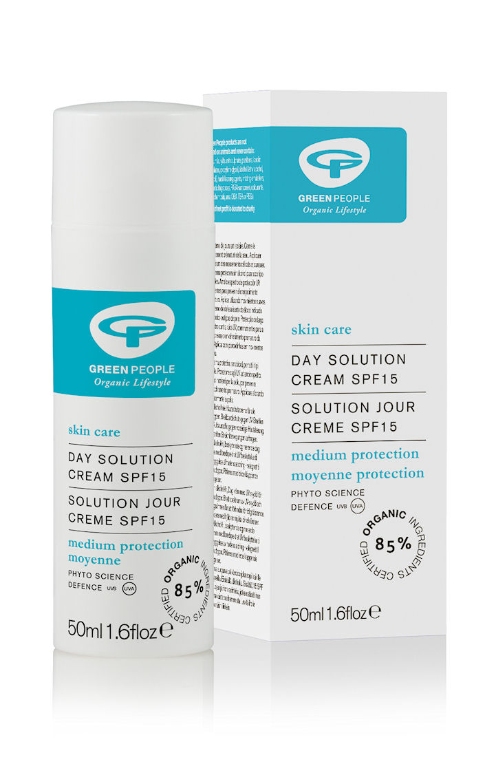 Green People Day Solution SPF15 - 50ml